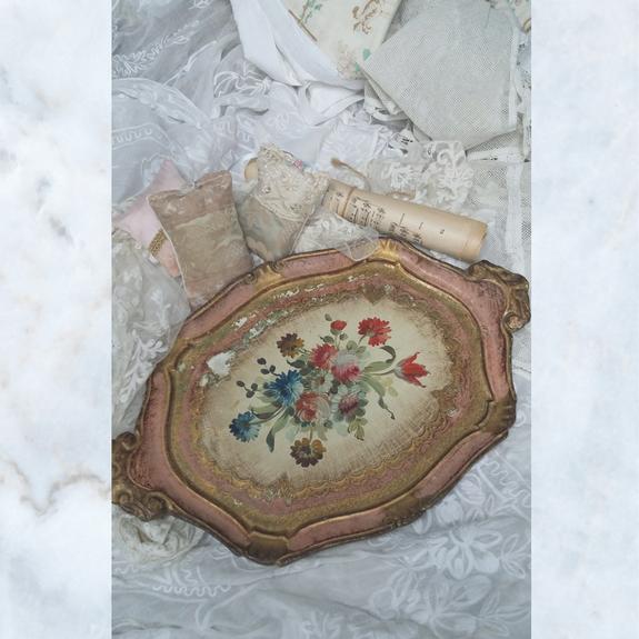 Vintage Italian Florentine Gilt Wood Tray