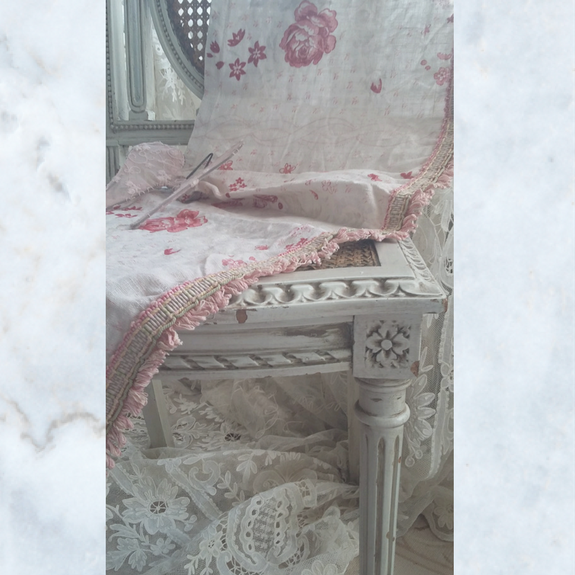 Floral curtain 2