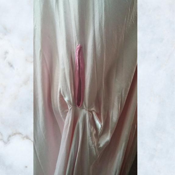 1940's pink sateen evening cape
