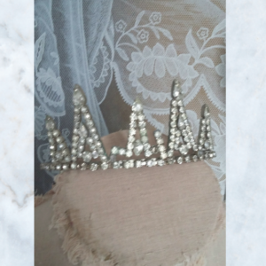Vintage diamante crown tiara