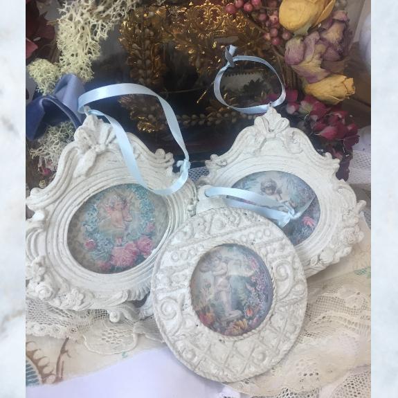 picture frame cherub decoration