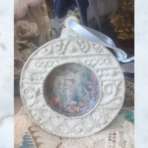 picture frame with decoupage picture frame