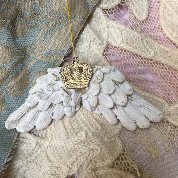 dresden crown angel wings