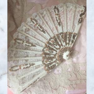 Vintage lace fan