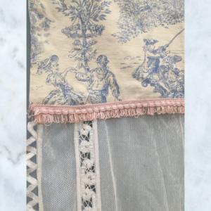 vintage toile de jouy & lace curtain pelmet