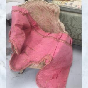 Rose damask antique pelmet