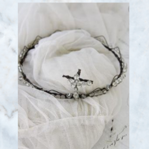 Jeanne d'Arc Living crown with cross fit de for